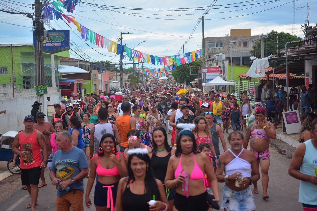 Blocos Carnaval Jacumã Domingo Fotos Thercles Silva 7 - Ao som das Orquestras de frevo, blocos arrastam grande público no Corredor da Folia em Jacumã