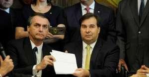 Bolsonaro e Maia 300x156 - A conversa de Bolsonaro e Maia sobre a Previdência