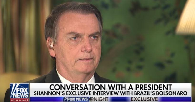 Capturar 19 - Fox News questiona Bolsonaro sobre sua ligação com milícias e assassinos de Marielle - VEJA VÍDEO