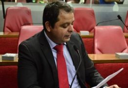 Vereador Luiz Flávio pede licença e Marmuthe deve assumir vaga na Câmara
