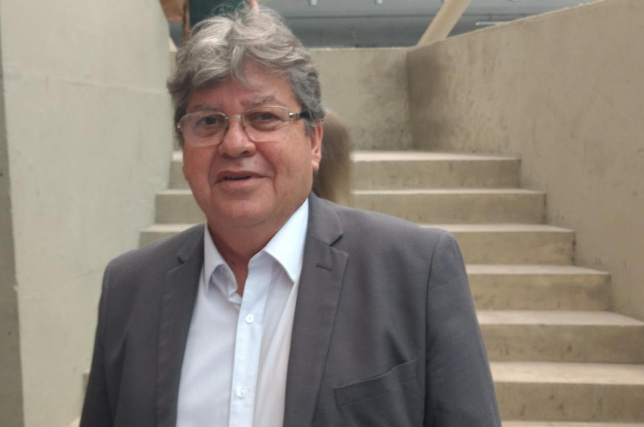 João Azevedo e1505754131786 - Durante audiência do ODE em Patos, governador João Azevedo elege e educação como prioridade para a região