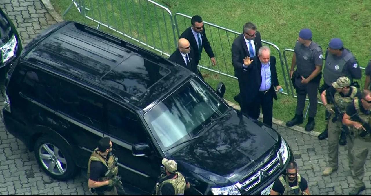 Screenshot 20190302 1119062 - ESCOLTADO PELA POLICIA FEDERAL: ex-presidente Lula comparece ao velório do neto
