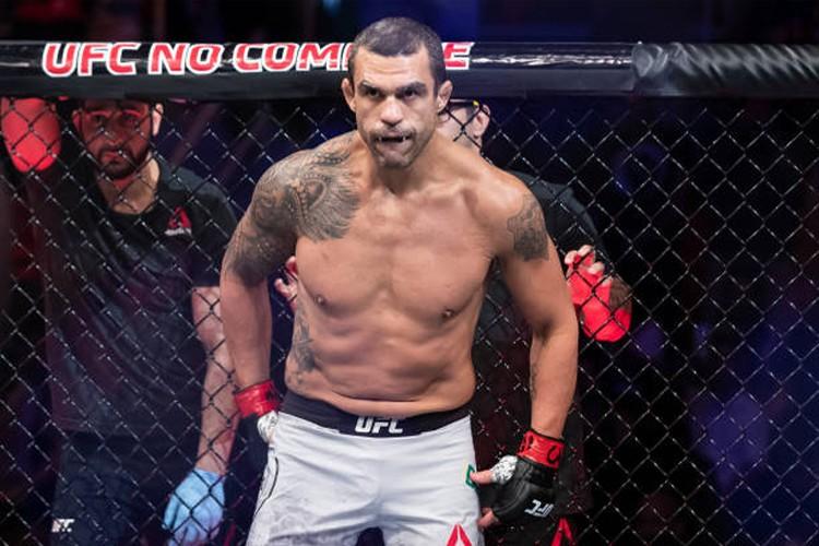 Vitor Belfort - O RETORNO: Belfort revela que negociações para volta ao MMA foram suspensas devido a pandemia