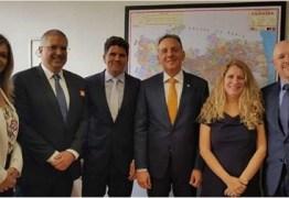 Em Brasília, Aguinaldo Ribeiro recebe prefeito paraibano e Associação Brasileira de Franchising