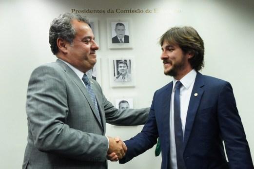 a0096d2a 400b 428f 94bb 2519fa219814 300x200 - Pedro é o novo presidente da Comissão de Educação e vai priorizar debate sobre a primeira infância