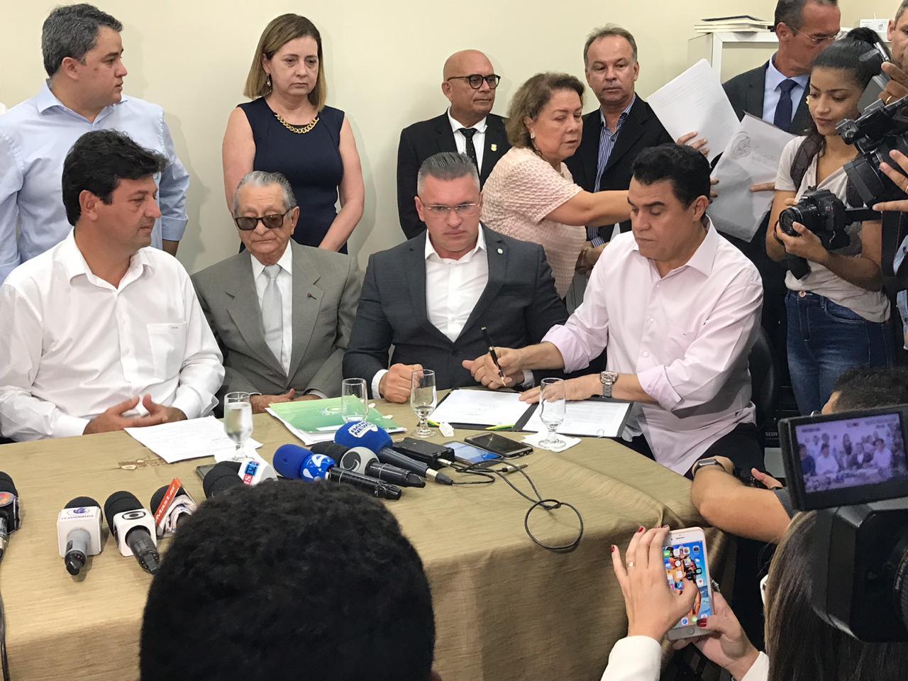 ACOMPANHANTE: Wilson Santiago acompanha ministro da Saúde em agenda na PB
