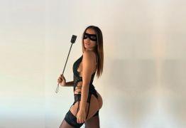 Anitta usa fantasia de Tiazinha e faz dança sensual antes de show – VEJA VÍDEO