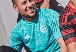 ESCAPOU: Após estreia do novo uniforme, vaza próxima camisa de goleiro do Flamengo
