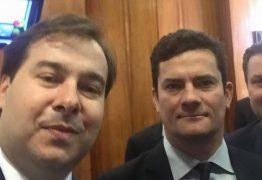 'TODAS AS QUALIDADES': Rodrigo Maia elogia atuação política de Moro