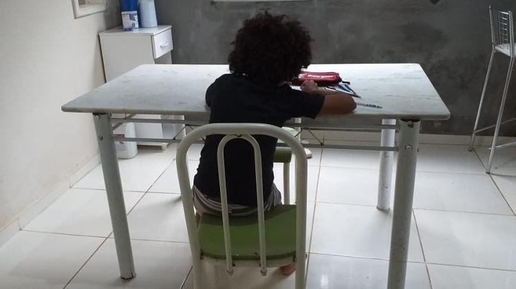 menino de 8 anos teve sua matricula recusada por diretora de uma escola no maranhao por causa de seu cabelo black power 1552615007518 v2 750x421 - Menino com cabelo black power tem matrícula recusada; diretora nega racismo