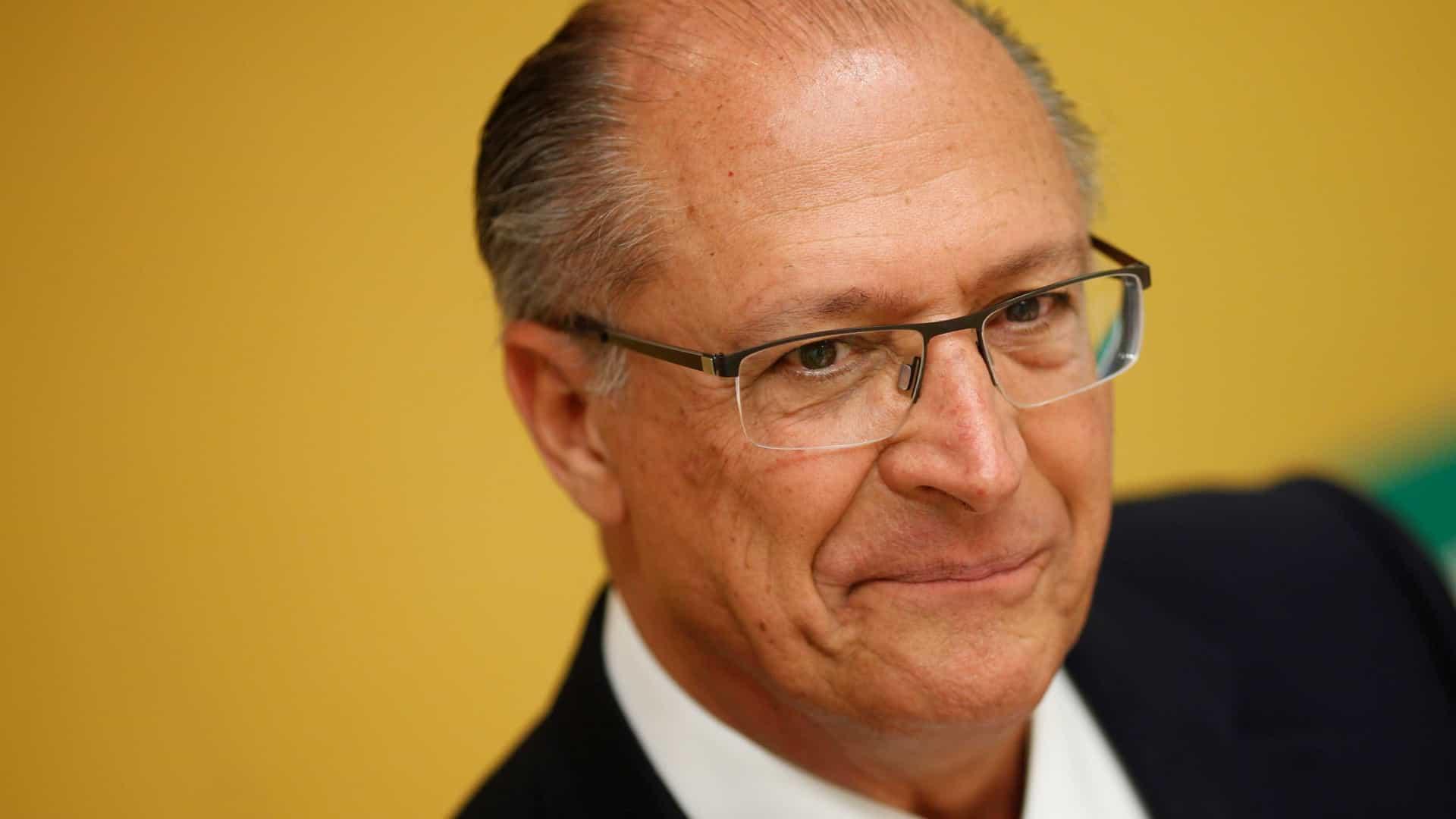 Alckmin ressurge como professor com 'aulas-discurso' em universidade