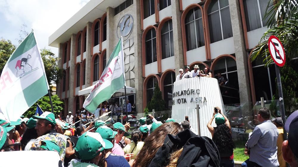 parlatório - Jeová Campos lamenta ausência de políticos em ato contra reforma da previdência