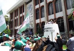 Jeová Campos lamenta ausência de políticos em ato contra reforma da previdência