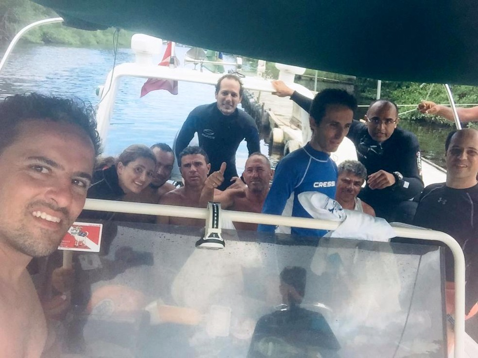 pesacadores - Pescadores são achados em 'ilha das cobras' após três dias de naufrágio
