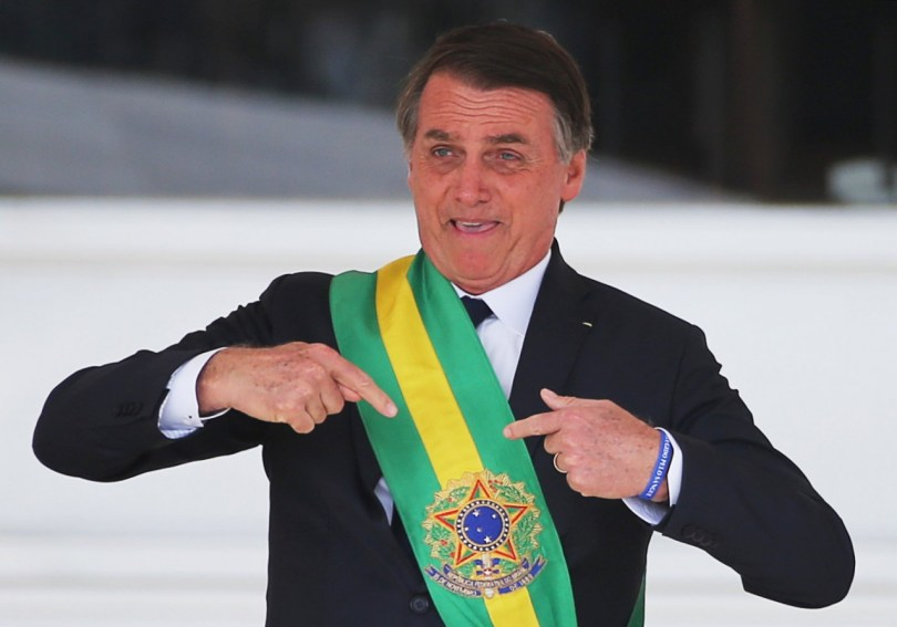 2019 01 01T201749Z 1969057052 RC118EA747D0 RTRMADP 3 BRAZIL POLITICS 300x210 - 100 dias: Bolsonaro está no caminho certo, sim! - Por Rui Galdino