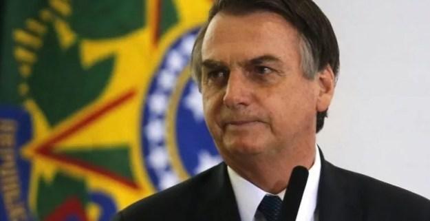 Bolso 300x154 - Irritado com PSL, Bolsonaro diz a líderes partidários que pode deixar a sigla