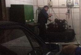 Homem morre após receber descarga elétrica em posto de combustível