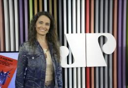 REVELAÇÃO: Carla Vilhena dormia na garagem da Globo por medo de se atrasar para jornal matinal