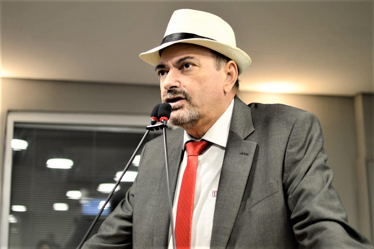 Deputado Jeová Campos faz um apelo para que Vara de Cajazeiras não seja removida  - 'O corte de recursos das universidades públicas é um crime contra o futuro do Brasil', afirma Jeová
