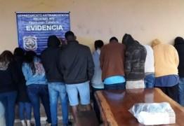 Estudantes brasileiros de medicina são expulsos do Paraguai após festa 'regada' a drogas