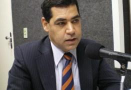 Gilberto Carneiro e Waldson Souza são exonerados do Governo do Estado; Cláudia Veras é remanejada