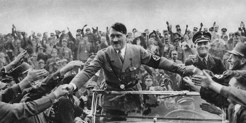 Hitler 1 min 1554325053 1024x512 - Hitler gargalhava quando o nazismo era confundido com a esquerda - Por João Carlos Magalhães