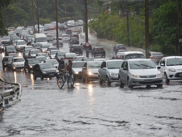 chuva 1 - Alerta de chuvas intensas é emitido para 98 municípios da Paraíba, confira lista