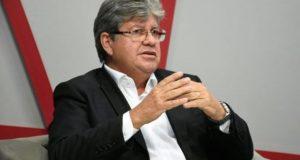 joão 1 300x160 - NESTA SEGUNDA: João Azevêdo assina Medida Provisória que institui o Programa Primeira Chance