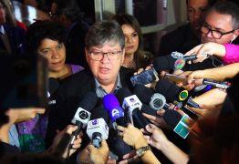 OPORTUNIDADE: João Azevêdo lança edital de concurso público com mil vagas para professores