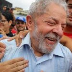 """lulaaa - Jornalista afirma na """"Veja"""" que Lula está preso """"porque é ladrão"""""""