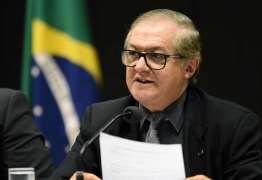 MUDANÇAS: livros didáticos vão negar golpe militar e ditadura, afirma ministro