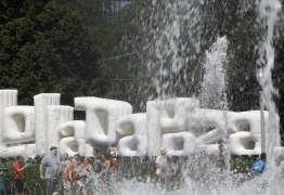 ABSURDO: Morador de rua ganha R$ 50 por 12h de trabalho para o Lollapalooza