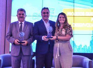 premioempreendor lucianocartaxo foto dayseeuzebio 2 1 300x218 300x218 - Luciano Cartaxo recebe prêmio Prefeito Empreendedor do Sebrae e dois projetos da PMJP são destaques