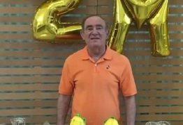 BLOGUEIRINHO: Renato Aragão comemora 2 milhões de seguidores com 2 'milhos' gigantes