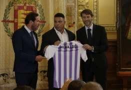 Prefeito espanhol acusa Ronaldo de usar time para fazer chantagem