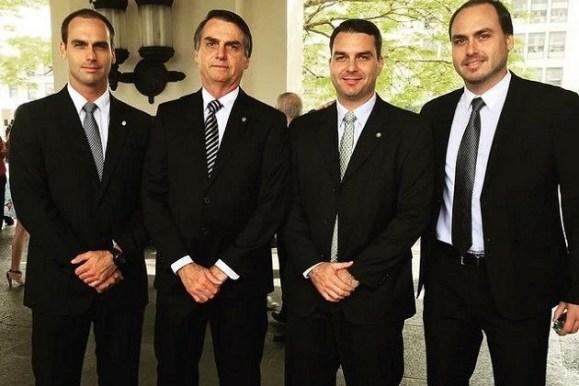 """wmX 630x420x4 5cc832c4de671c524e3f14cfd903d38442b3a640e6794 300x200 - """"Pestinhas"""", diz Globo ao criticar filhos do presidente Jair Bolsonaro"""