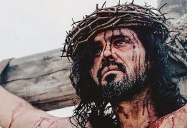Juliano Cazarré encarna Jesus Cristo e celebra: 'Feliz de fazer as pazes com a fé'