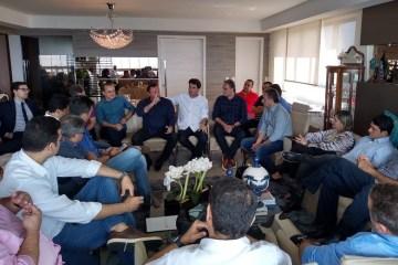 REUNIÃO COM A BASE: Cartaxo faz balanço da gestão e vereadores pedem cumprimento de emendas impositivas