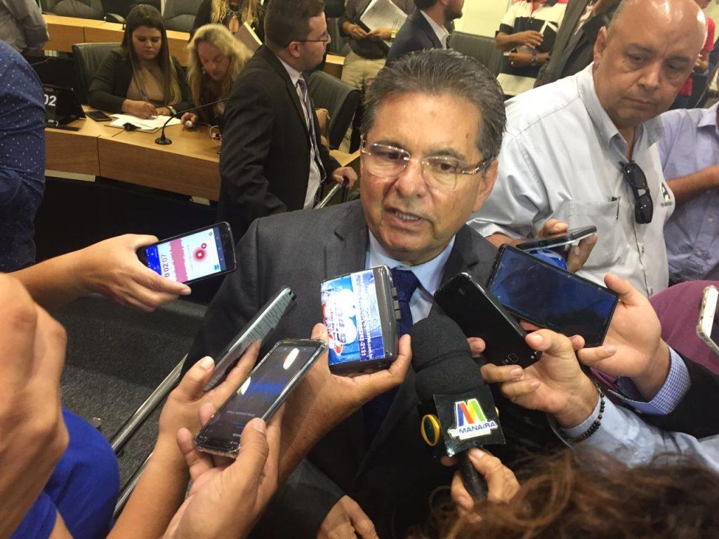 0b0b12e9 76c9 4c6e be46 e9367686a46e 1024x768 - REUNIÃO COM DEPUTADOS: Adriano Galdino anuncia medidas de segurança na ALPB - OUÇA