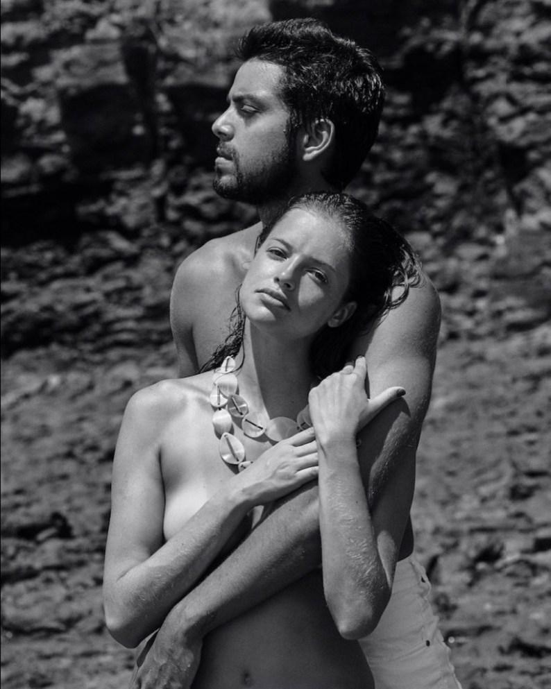 20190514105030s508qo3zuj 1 - Agatha Moreira posa de topless com Rodrigo Simas em ensaio fotográfico
