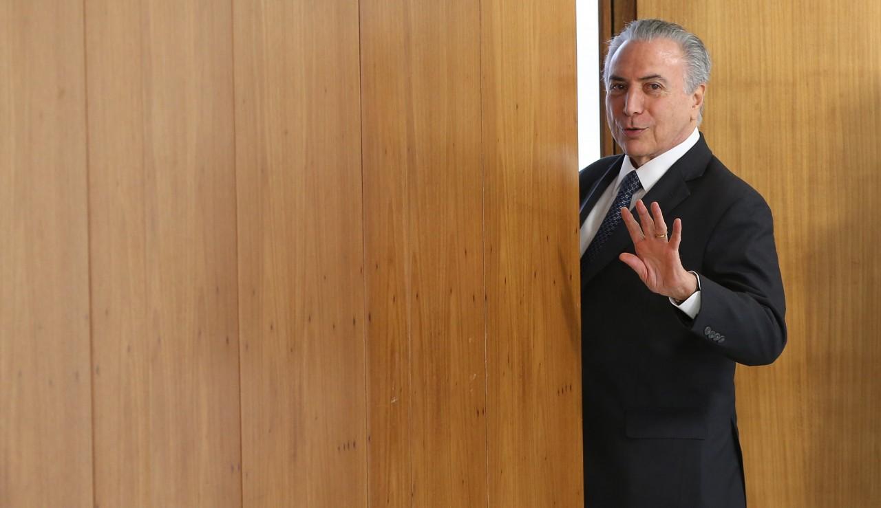 28652048590 429606ee83 k - Após decisão do STJ, Temer deixa prisão em São Paulo