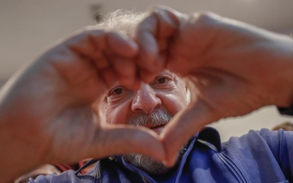 AMOR NO AR: Lula está namorando e tem planos de casar, revela colunista