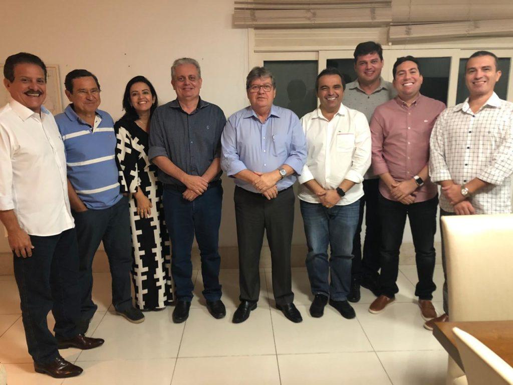 82dceb34 4de6 4fe6 b785 180ffab1c9cb - Integrantes do G10 se reúnem com João Azevêdo e reafirmam compromisso com o governo do estado