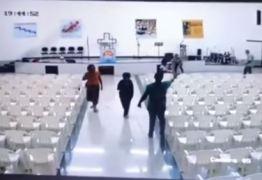 Vídeo mostra momento do ataque que deixou três mortos em igreja evangélica – ASSISTA