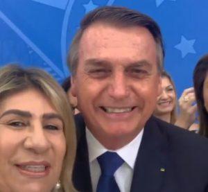 Bolsonaro Paraíba 300x277 - 'QUE SAUDADE DA PARAÍBA': ao lado de Edna Henrique, Bolsonaro envia mensagem aos paraibanos; VEJA VÍDEO