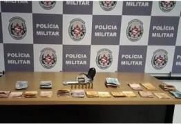 Suspeito foge antes de abordagem e PM apreende R$ 4,5 mil em dinheiro, em João Pessoa