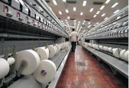 Empresa fecha setor de tecelagem e demite 400 funcionários, em Campina Grande