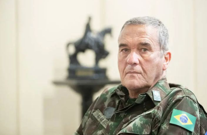 Capturar 6 - 'Olavo presta enorme desserviço ao País', afirma general Villas Bôas