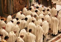 O mundo precisa de uma nova igreja: Fim do celibato, já! – Por Rui Galdino