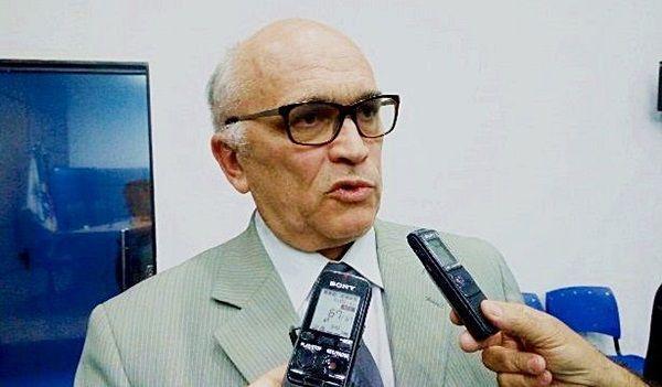 Ivanes Lacerda - FANTASMINHAS CAMARADAS: Vereador diz que Prefeitura de Patos tem 600 funcionários ganhando sem trabalhar - OUÇA